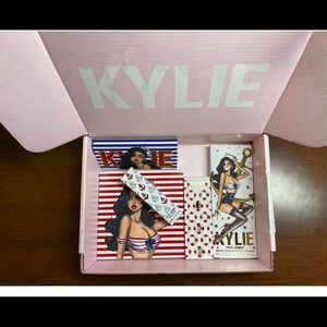 Kylie Cosmetics Makeup - Kylie Jenner Sailor Collection
